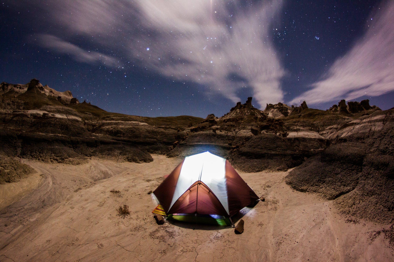 Skal jeg vælge telt eller hængekøje?